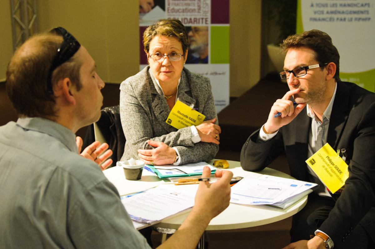 Espace emploi semaine pour l 39 emploi des personnes for Emploi espace
